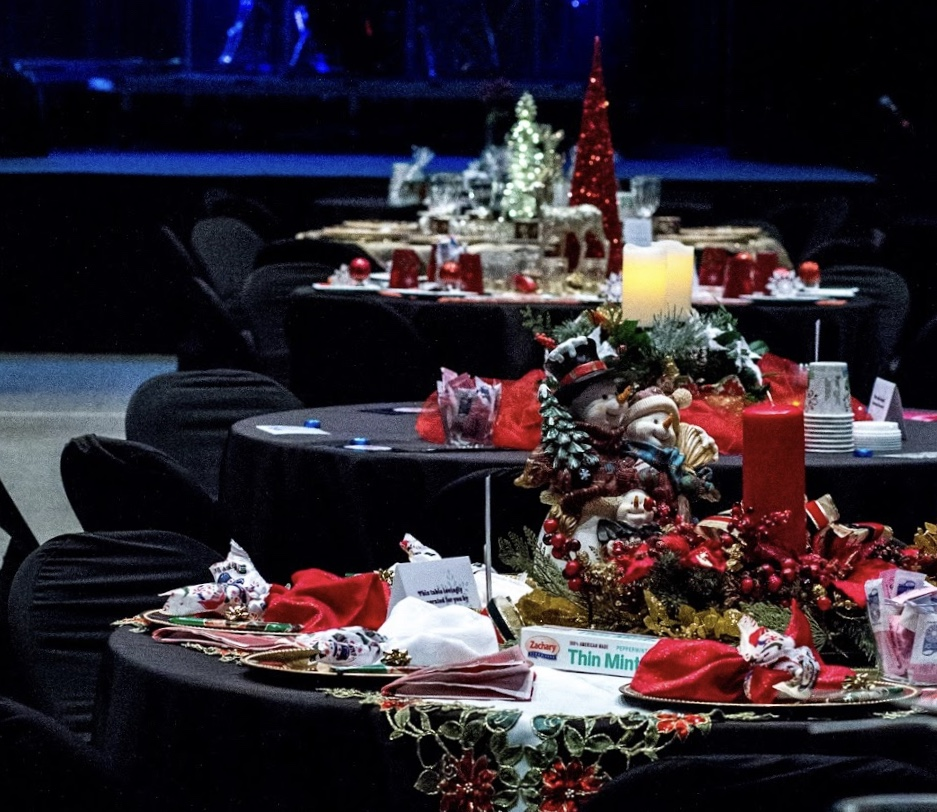 Table Decorating for Women's Christmas Event